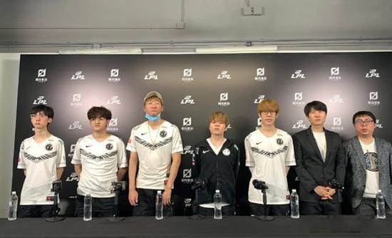 iG赛后群访 Baolan:队伍能进世界赛就好