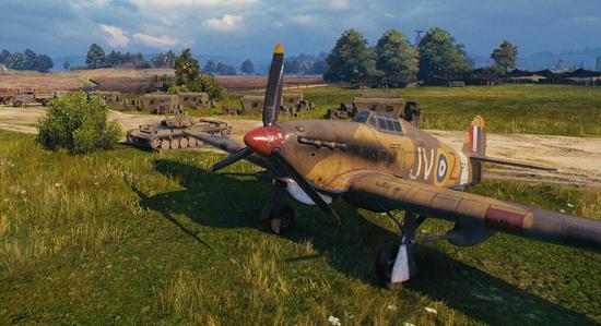 这些模型是直接从《战机世界》拿来的,可以破坏的真实模型。