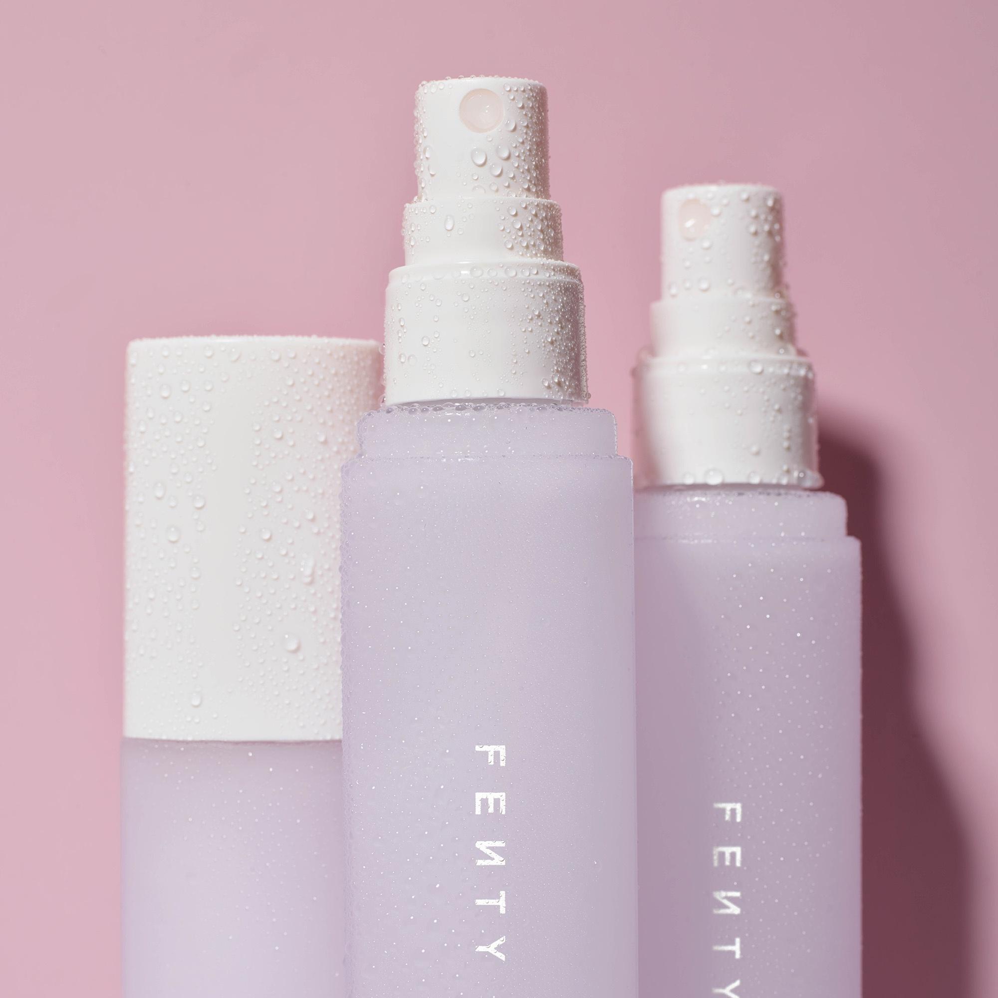 Fenty Beauty推出彩妆喷雾与全新流光唇釉