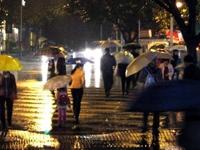 春分日广州雨停阳光闪现 明后天广东再有强降水