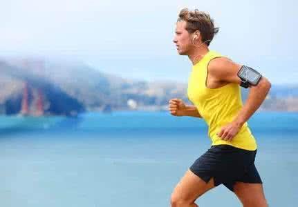 夏季运动注意保护跟腱