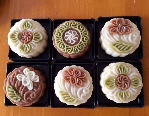 中秋佳节市场月饼品种繁多