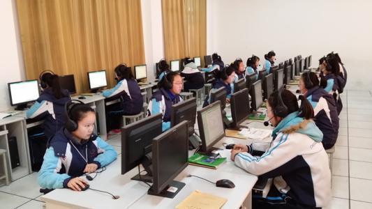 广州中考英语听说26日开考