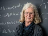数学最高奖迎来首位女性得主 美国教授荣获阿贝尔奖