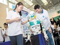 广州中学生夺世界机器人赛冠军 将冲刺世界总决赛