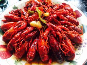 小龙虾网红吃法今夏走俏