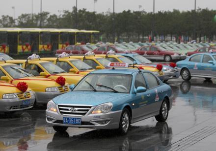 广州出租车安装AI智能终端