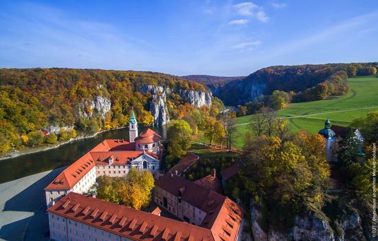 韦尔滕堡修道院和多瑙河。