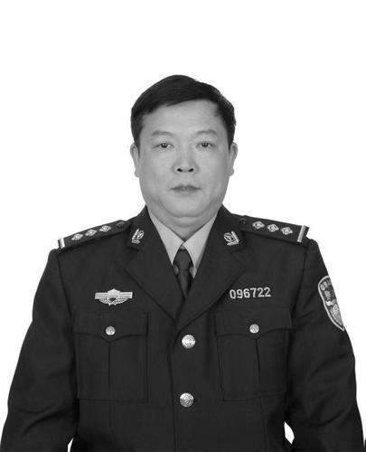 许霖源同志