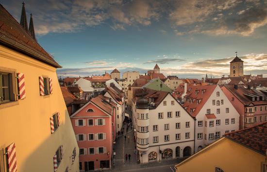 联合国教科文组织世界遗产城市雷根斯堡的历史悠久,拥有令人动容的气质。