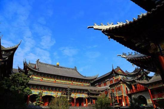 深圳大鹏东山寺