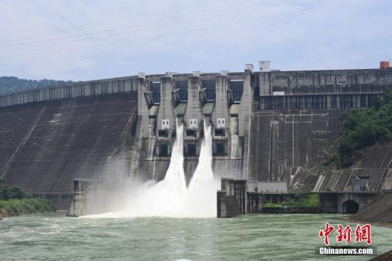 资料图:珠江流域大型水利枢纽——百色水利枢纽。中新社记者 俞靖 摄
