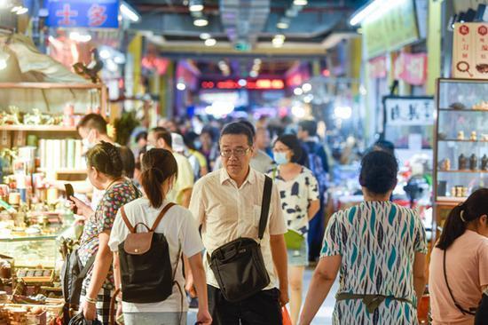 广州|越和市场月底要搬了 抓紧最后的时光快去淘货