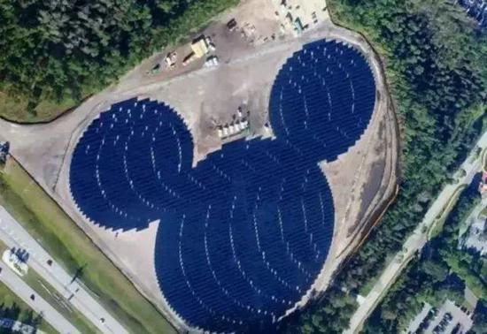 据了解,一个100mw的熊猫电站在25年内可提供32亿度的绿色电力,相当于