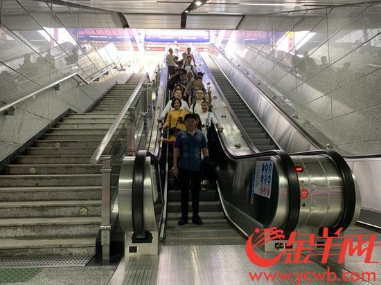 """不用""""被绕路""""啦!地铁科韵路站C出口已开放使用"""