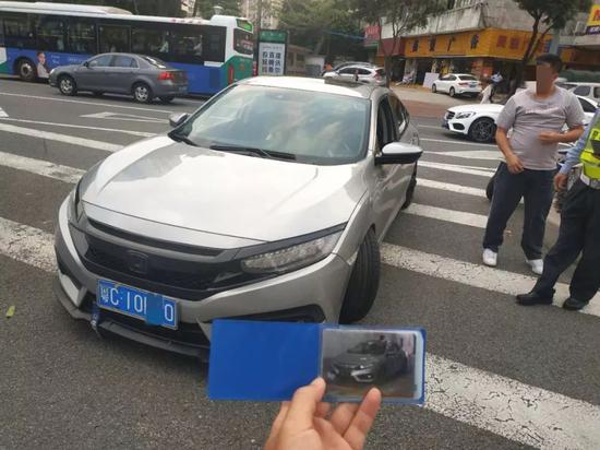 粤C思域刚被抓过又炸街惹附近居民怒 交警终出手