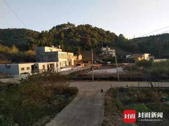王华所在的紫金县某村庄