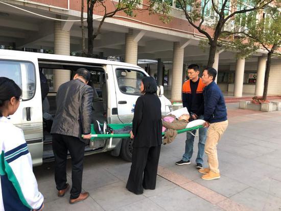 学校司机也做好了随时送病院北京