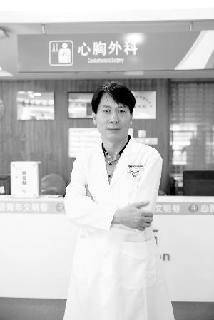 酷爱搞发明的外科医生王文林。