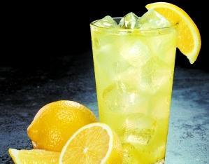 夏季宜吃酸柠檬确实是首选