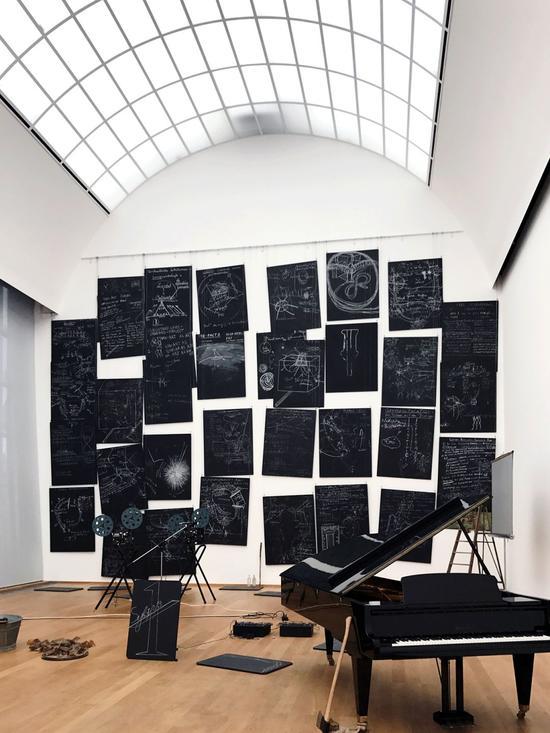柏林当代艺术博物馆内的展览空间 Mickey