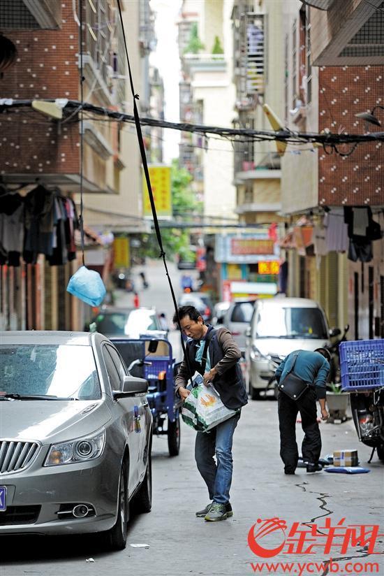 里仁洞村超3万人从事电商相关产业 记者 林桂炎 摄