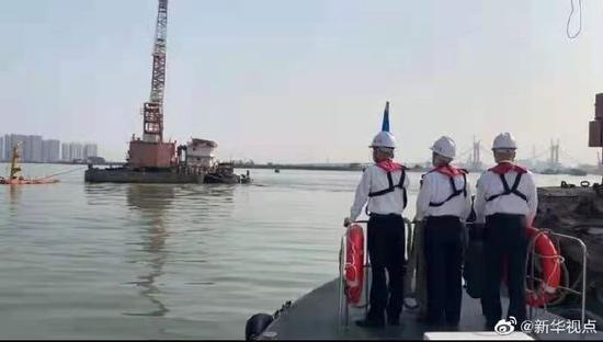 一貨船與集裝箱船在廣州海域相撞后沉沒
