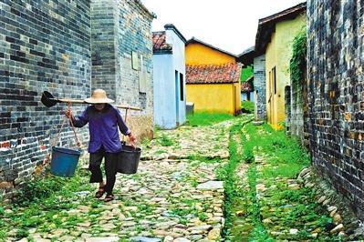 """钱岗古村始建于宋代,距今已有800多年,有""""未有从化,先有钱岗""""之说。"""