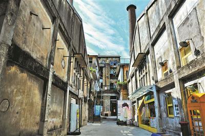 近两三年,紫坭糖厂正在进行分期开发,将转型为创意园。
