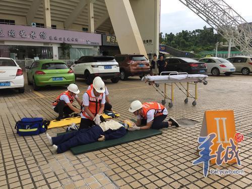 极端天气突发事件紧急医疗救援演练