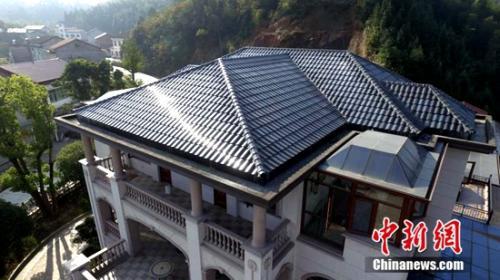 """屋顶铺设薄膜太阳能发电瓦""""汉瓦"""",享用清洁电力"""