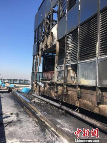 起火建筑着火部位明火被扑灭后。广州消防 供图