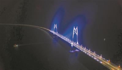 港珠澳大桥。广报全媒体记者陈治家 通讯员唐丽娟 摄
