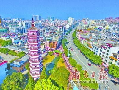 """连州镇在实施乡村振兴战略中,围绕""""连州市扩容提质主阵地""""这一图片"""
