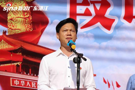 海头街道党工委书记陈文诚发言  陈婷摄