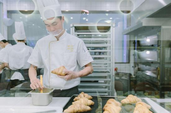 开放式面包厨房