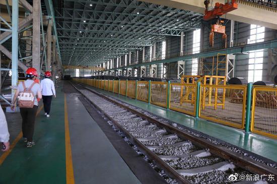 广铁将铁路铺进湛江企业车间,极大方便了货物转运