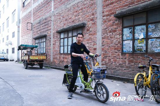 春运故事:骑摩托返乡,他坚持了12年