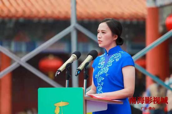中央电视台南海影视城副总经理陈光华致辞