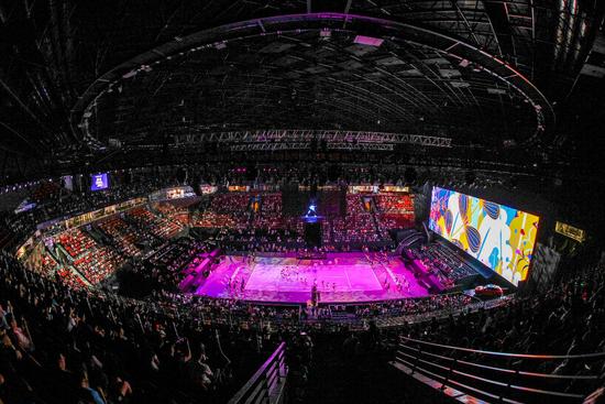"""WTA 年终总决赛:""""皇冠上的明珠"""" 在深圳光芒四射"""