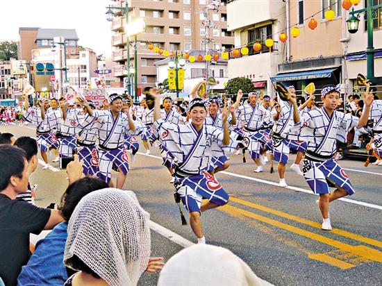 日本德岛孟兰节 视觉中国