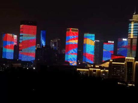 10月15日起深圳市中心区灯光表演时间有调整