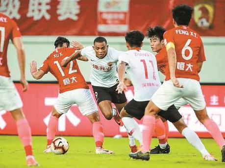 客场0比1负广州恒大 深足三连败保级警钟响起