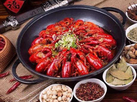 独沽一味酸汤涮小龙虾