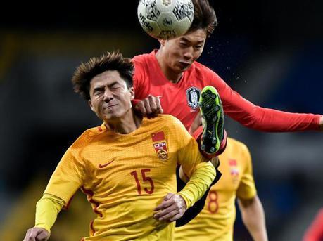 国足选拔队0:1不敌韩国