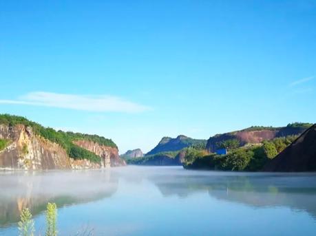 如山水画卷一般的郴州翠江