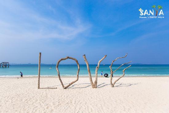 国内最浪漫海岛:三亚蜈支洲岛