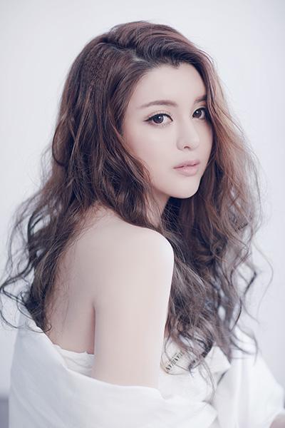 歌手蔡雨晴2016发行新单曲 公开向粉丝示爱