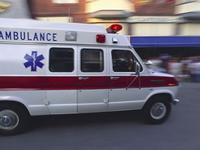 无资质黑救护车盘踞大医院