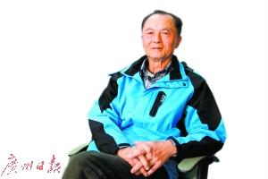 71岁的导演陆晓光。